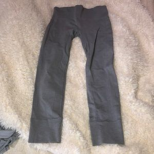 lululemon athletica Pants - LU LU lemon athletica gray pants size 6
